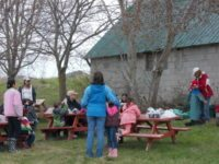school tours - spring planting.JPG